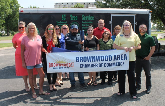 The Brownwood Area Chamber of Commerce recently held a ribbon cutting for SC Tree Service, which has been in business for 28 years and is a complete tree services company. SC Tree Service  provides stump grinding, tree removal, trimming and more. For more information call Luz Contreras at (325) 998- 4973.