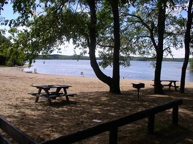 A schedule change has been announced for the Hinckley Reservoir Day Use Area. The site will be open July 11, but closed Sundays and Mondays thereafter for the remainder of the season.