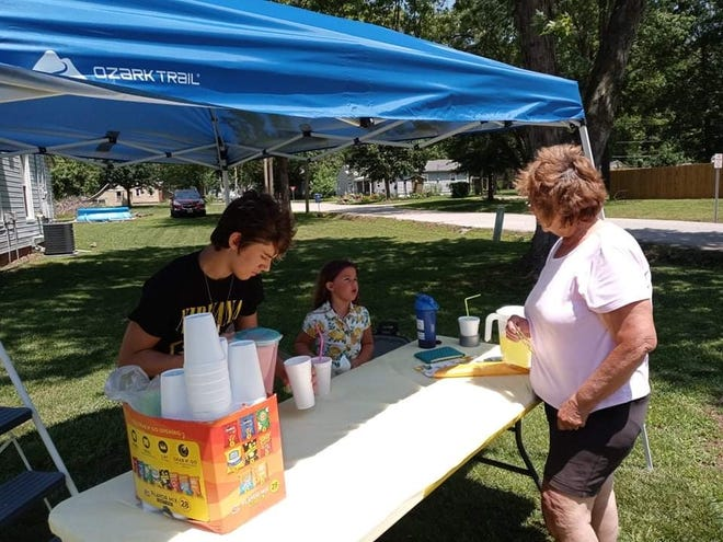 Recently, Londyn Raines and her brother Eric Wojtkiewicz operated a lemonade stand outside their Brookfield home. They have plans to open the stand several more times over the summer.