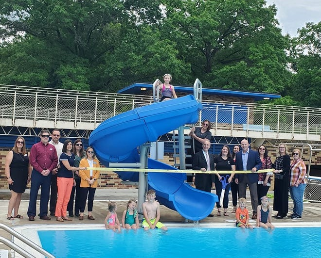The Ambassador Committee of the Macomb Area Chamber of Commerce held a ribbon cutting on June 29 for Glenwood Pool (1400 N Randolph Street, Macomb) as they celebrated their opening for the Summer season with addition of a new water slide. Glenwood pool, which is open to the public, is provided by the City of Macomb and operated by the YMCA of McDonough County, who supplies staff and lifeguards for the facility. Daily passes, season passes, concessions, after-hours rentals, and swim lessons are available for purchase. Hours are Monday-Saturday: Noon-7 pm, Sunday: Noon to 6pm as weather permits. Information:macombymca.orgor call (309) 837-1183