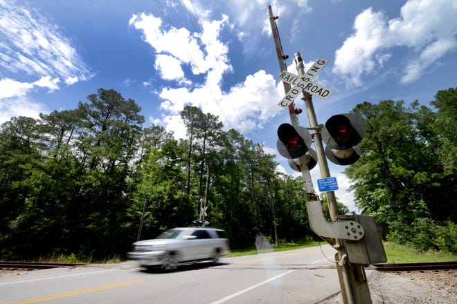 Antioch Road in Crestview will be closed to through traffic from July 13 through July 15 so this railroad crossing can be rebuilt.