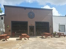 Sweetwater Beer Co.  is located at Pollock Street 902-904 in New Bern