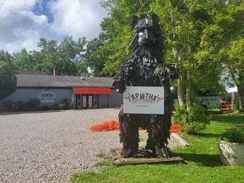 Tap That Craft Beer, Wine Bar & Restaurant is located on Route 901B in New Bern