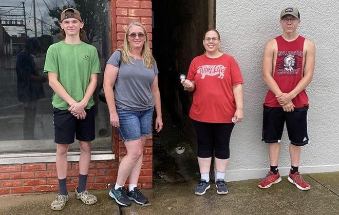 Winners of the 2021 Kansas Wheat Festival Medallion Hunt from left to right: Eli Eldridge, Nicole Eldridge, Jasmine Harmon and Hunter Harmon.