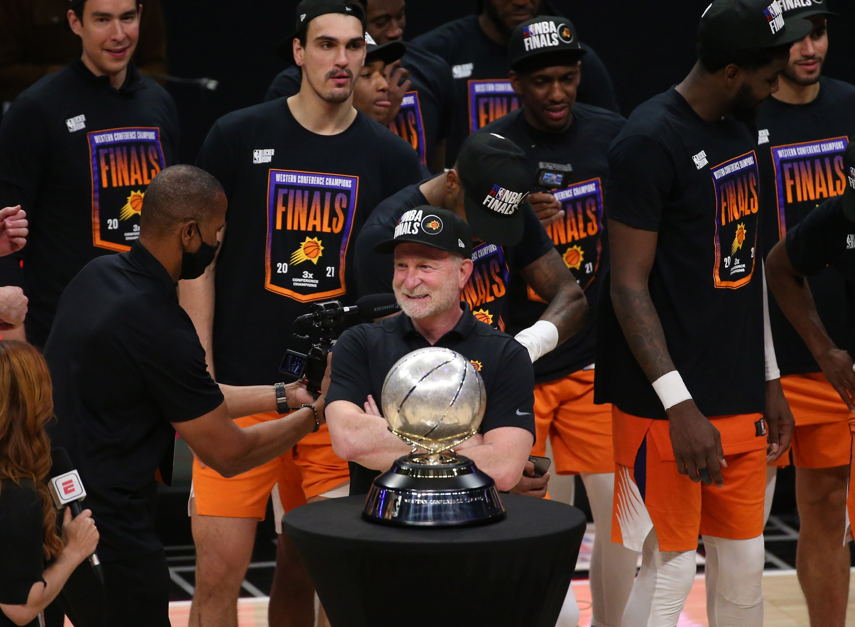 Phoenix Suns owner Robert Sarver  wholly shocked  by allegations of racism, sexism