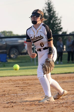 Louisa-Muscatine's Piper Brant fires a pitch to a Wapello batter Thursday1 in Letts.