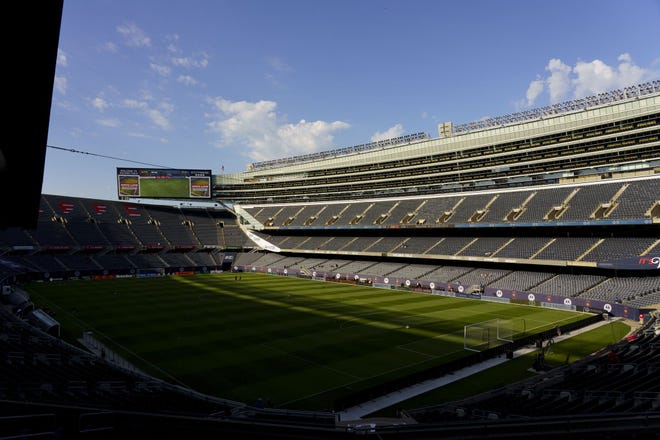 It would not be difficult for the Chicago Bears to break an agreement for its lease of Solider Field with the city of Chicago early.