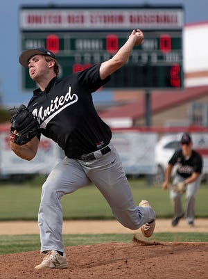 United's Toby Turnquist delivers a pitch in the Class 1A regional title game against Abingdon-Avon on Monday, June 7, 2021 in rural Monmouth.