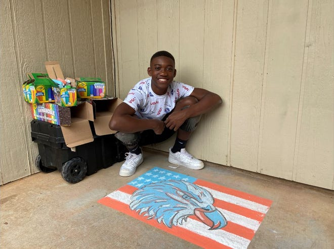 Jordan Simmons, a high school junior in Lubbock, has turned his turned his artistic talent into a growing business.