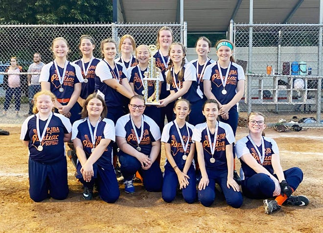 Pontiac Crush 14-and-under softball team placed second at the SEMCL tournament. The Crush are, in front from left, Tiffany Legner, Madison Herkert, Emma Reilly, Harlyn Shoffner, Hailey Shelton, Brinlee Dearth. In back are Brooke Burger, Natalie Taylor, Kassondra Poshard, Karly Stanbery, Brynn Runyon, Hannah Foster, Addison Shaw, Adison Dearth and Syndel Hicks.