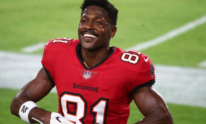 Nov 8, 2020; Tampa, Florida, USA; Tampa Bay Buccaneers receiver Antonio Brown before the game against the New Orleans Saints at Raymond James Stadium. Mandatory Credit: Kim Klement-USA TODAY Sports