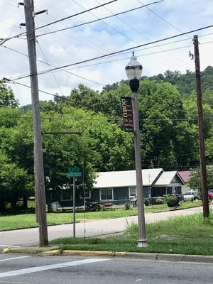Residents in District 3 are concerned about a lack of working street lights along Tuscaloosa Avenue.