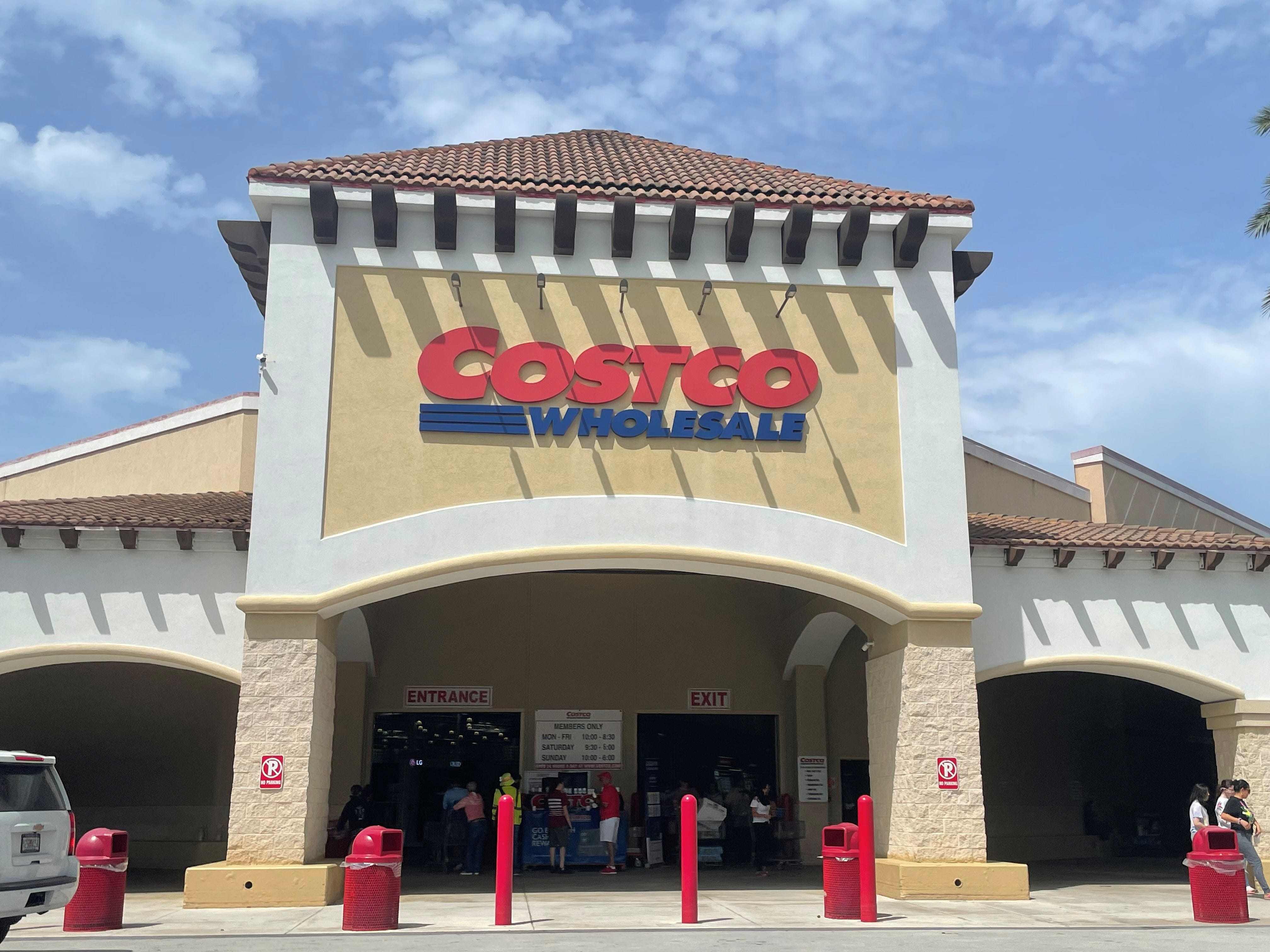 Costco reverses course and will keep senior hours as COVID-19 cases increase nationwide