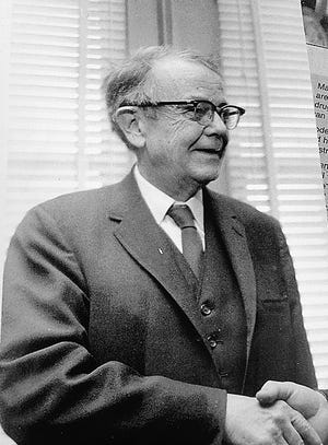 Earl Bell had a long newspaper career in Augusta and also wrote a book on the city's newspapers.