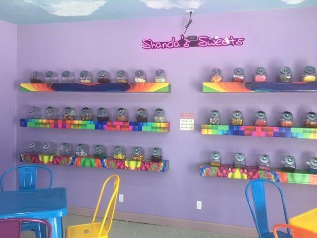 The interior of G Herdt's Donut & Shanda's Sweets.