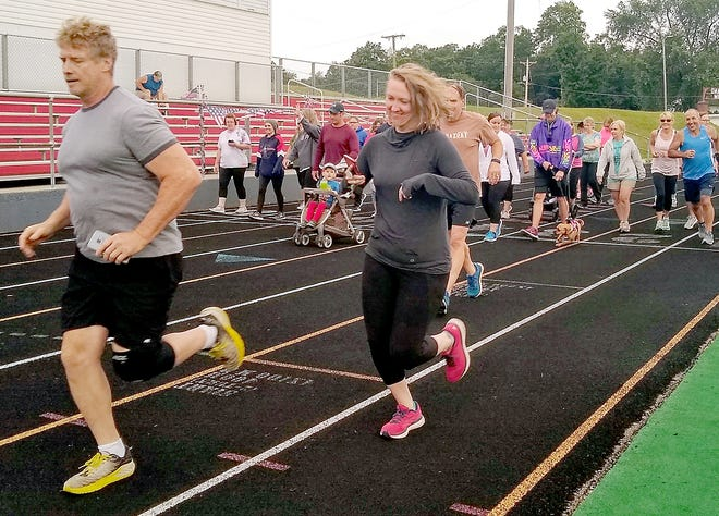 """More than 40 people participated in the 2021 """"Firecracker 4K"""" in Constantine."""