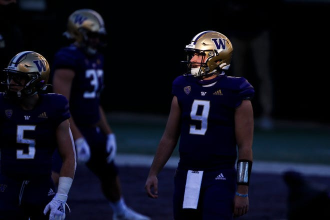 Chances are good that Dylan Morris emerges as Washington's starting quarterback. He did, after all, pass for 897 yards with six total touchdowns and three interceptions, while going 3-1 last year. But those four games are the only games he's played in his career.