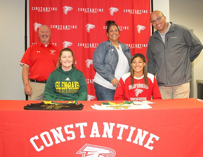 Hannah Outlaw of Constantine will play basketball and continue academic study at Glen Oaks Community College beginning in fall 2021.