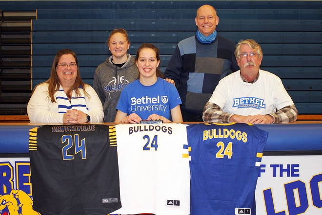 Paige Walton will continue her academic and basketball pursuits with Bethel University.