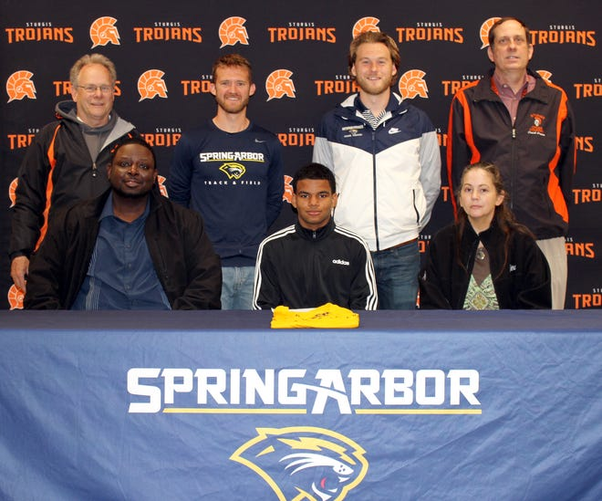 Tremaine Brown, a 2021 graduate of Sturgis High School, will continue his academic and running pursuits at Spring Arbor University.