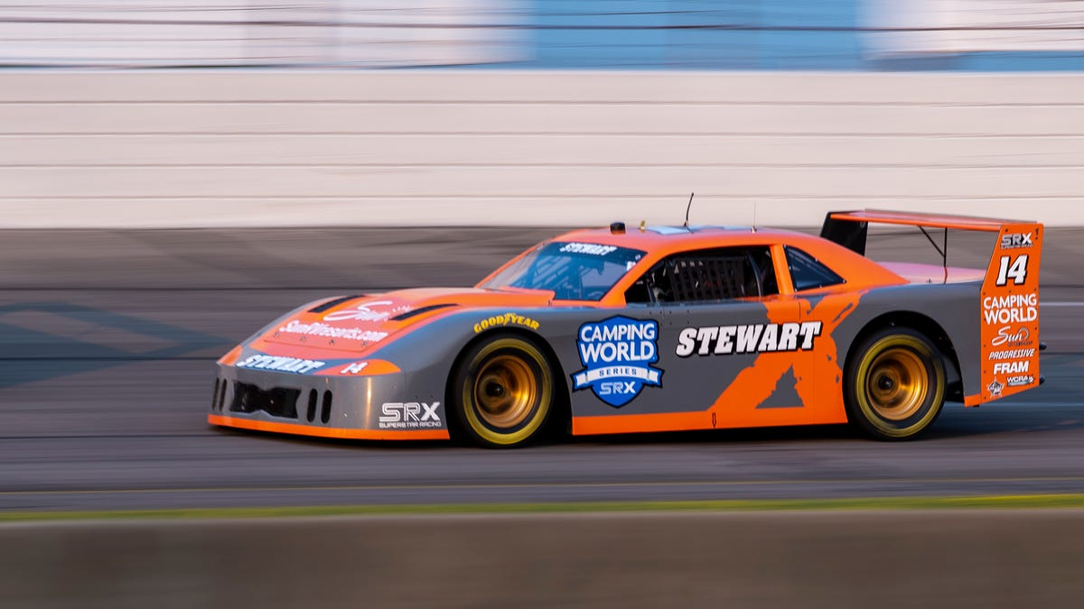 SRX at Fairgrounds Nashville Speedway: Starting lineup, TV schedule for Saturday's race