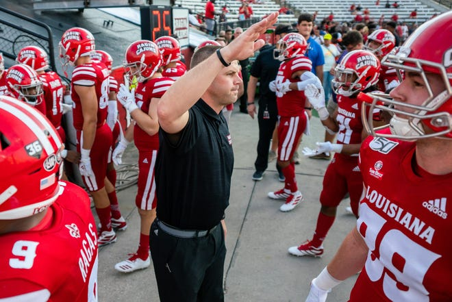 Louisiana head coach Billy Napier has turned things around in Lafayette. The fourth-year coach led Louisiana to its first top-25 finish in program history last season. The Ragin' Cajuns went 10-1, including a season-opening win over Iowa State, which finished as the Big 12's runner-up.
