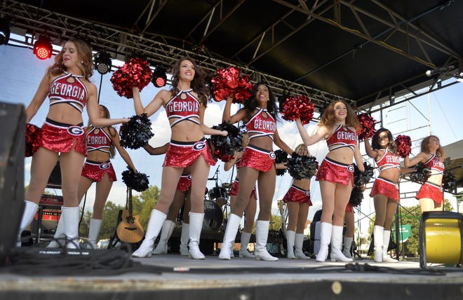 The UGA Georgettes dance team performs at the 2018 Border Bash.