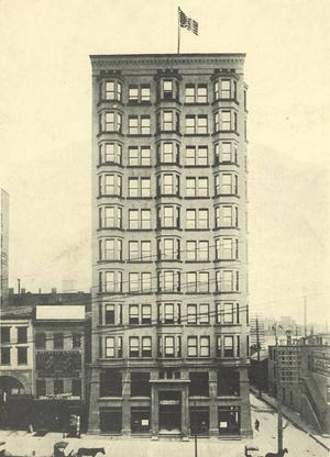 At 11 stories, Wyandotte Building, shown here in 1905, was the Columbus' first skyscraper.