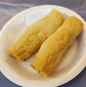 Τα σπιτικά τιροπιτά είναι από τα μενού στο Φεστιβάλ Grecian από Πέμπτη έως Σάββατο στην Ελληνική Ορθόδοξη Εκκλησία της Αγίας Τριάδας στο Καντόνι.