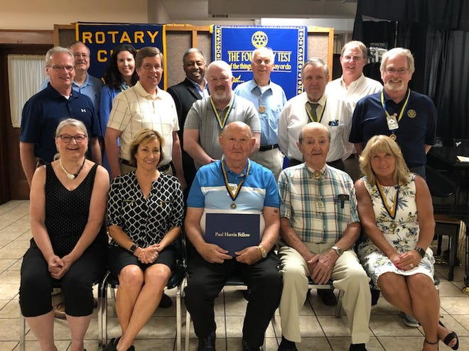 Kewanee Rotary met at the First Methodist Church June 29 for its annual awards luncheon.  Jon Looney was awarded the 2021 Rookie of the Year for his efforts in creating a virtual Quarter Madness which was a huge success, creating a baseball food stand and handling our Facebook Live Rotary meetings. Dave Reeves became the most recent Paul Harris Fellow for serving as President for 18 months plus his church and youth support. Chanda Dowell was awarded the 2021 Rotarian of the Year for leading our club thru the pandemic.