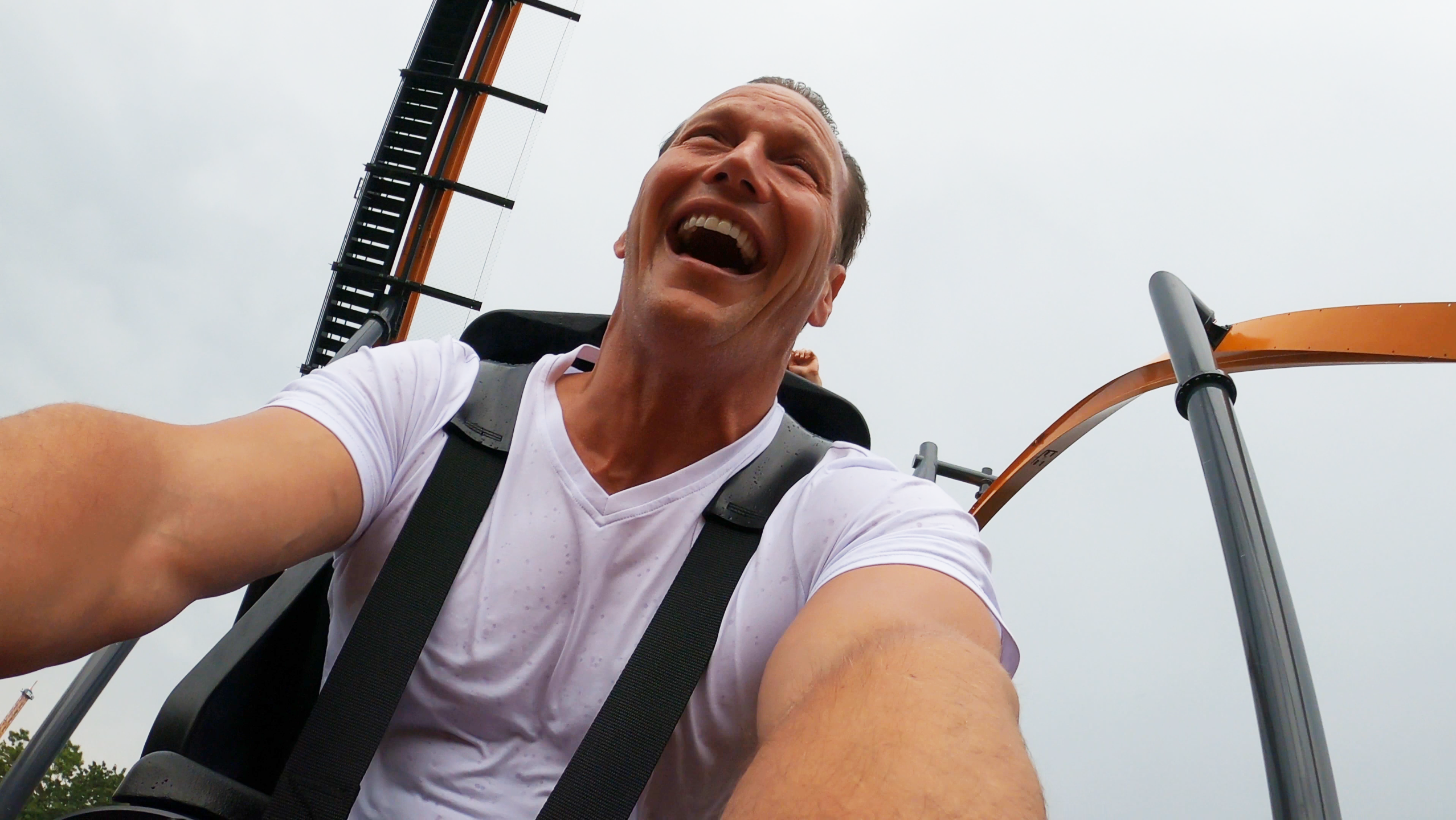 'The Conjuring' star Patrick Wilson rides Jersey Devil Coaster at Six Flags