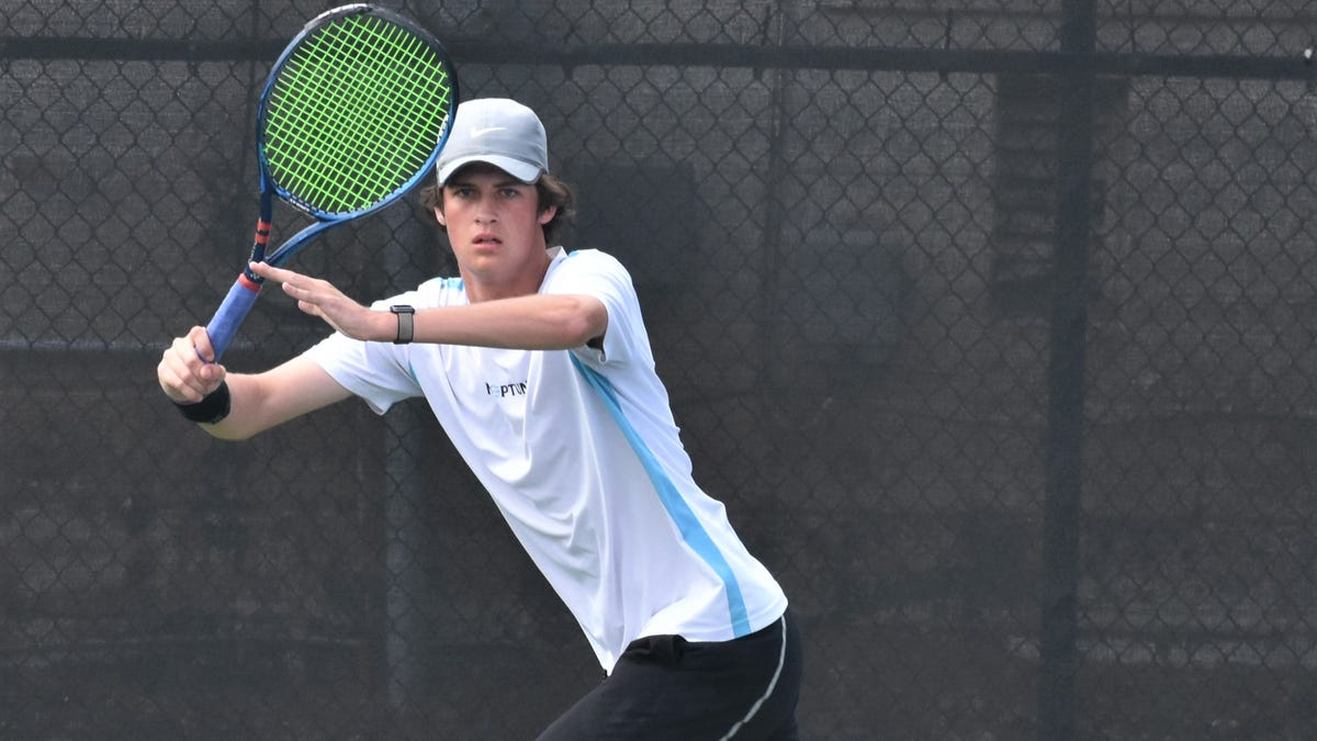 How Greenville tennis star Robbie Younger shouldered 12 months of ache to seek out his smile once more