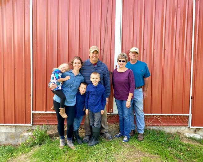 The Levendoski family of Harmony Hills Dairy Partnership has been given a Wisconsin Department of Agriculture, Trade and Consumer Protection award for three consecutive years of outstanding milk quality and commendable farm conditions.