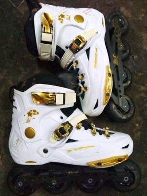 Dodge City commissioners voted to buy roller skates for future fun events in the city.