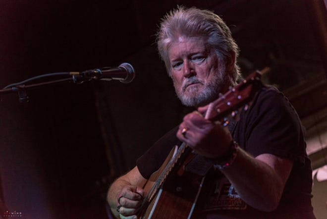 Allen Sanders will perform Friday at Wingers Sports Grill in downtown Montgomery.