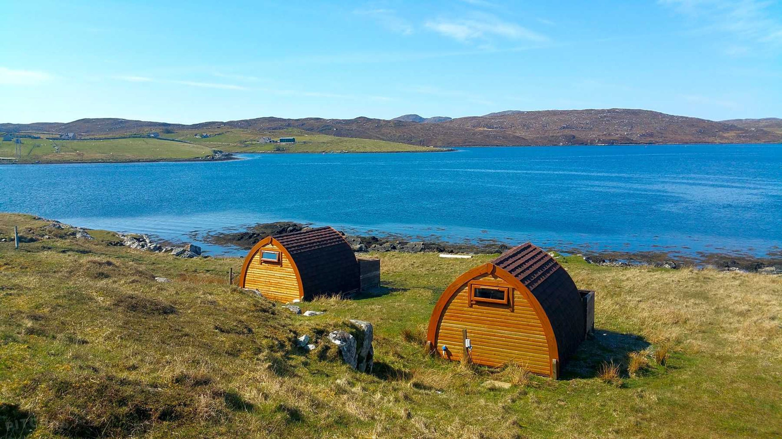 <strong>3. Scotland, Callanish Camping: </strong>The pods visitors stay at here require no extra effort to get comfortable. Each one has main power, energy lights, heaters, double sockets, an electric kettle, microwave and cool box. It is a bit of glamping with an outdoor feel. Wake up and step right outside to watch the sunset or sunrise. These pods bring relaxation and a break from reality. And the main town is just a ferry ride away.<br /> <strong>Price: </strong>Starting at $55.13 a night<br /> <strong>Park type: </strong>Lodge, cabin, pod or hut