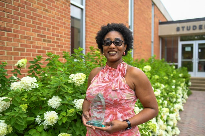 Bonita Payne was named as 2020-2021 Educator and Mentor of the Year by the Tennessee Health Information Management Association.