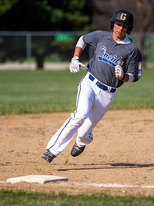 Oneida 727's Kadin Spencer, a 2020 Galesburg High School grad, rounds third base in a game against Peoria on Tuesday, July 6, 2021 in Oneida.