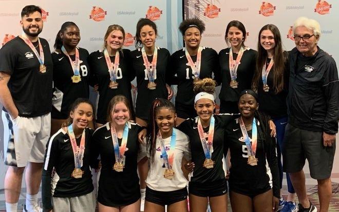 The Gainesville Juniors 16 Elite volleyball team.