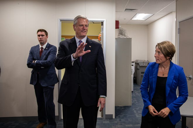 Neither Gov. Charlie Baker, center, nor Attorney General Maura Healey has decided to enter next year's gubernatorial race. They are seen as prohibitive favorites for their respective political parties.