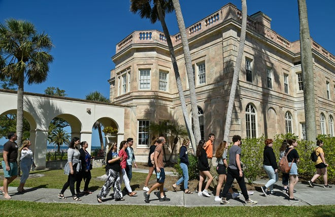 A group of prospective students with their parents take a campus tour of New College of Florida located in Sarasota on Thursday, March 28, 2019. [Herald-Tribune staff photo / Thomas Bender]