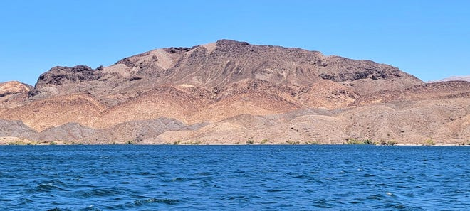 On Lake Mohave, looking east toward the shores of Arizona.