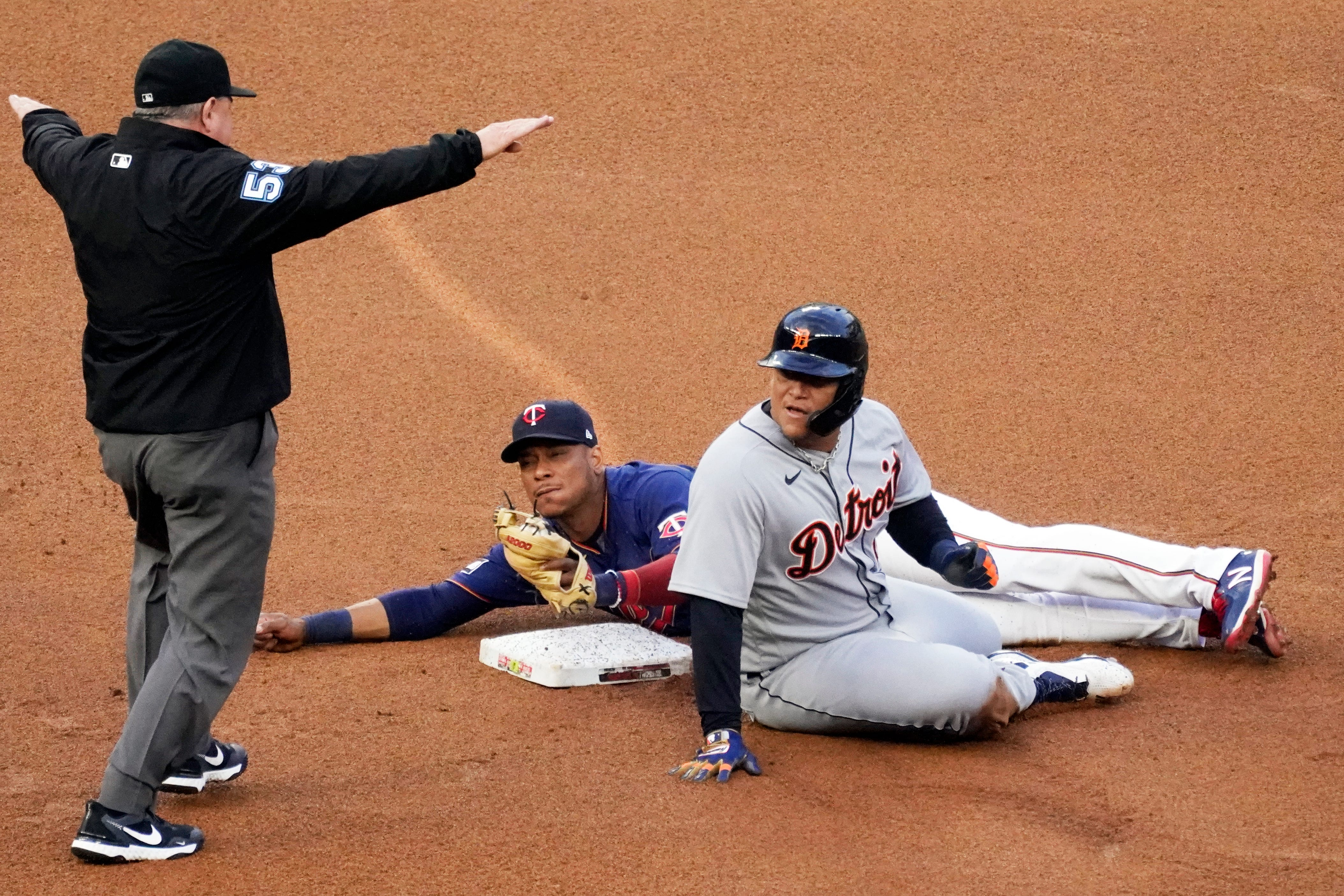 Detroit Tigers lack sharpness, and pay for it in 5-3 loss
