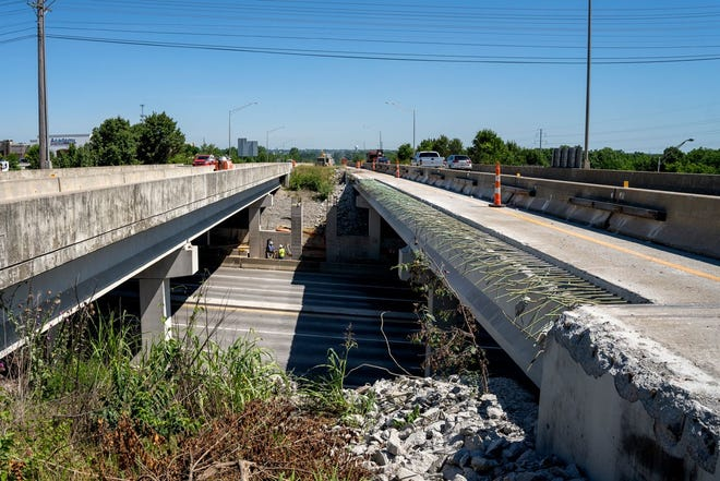 View from I-265 above Shelbyville Road as bridge construction continues.