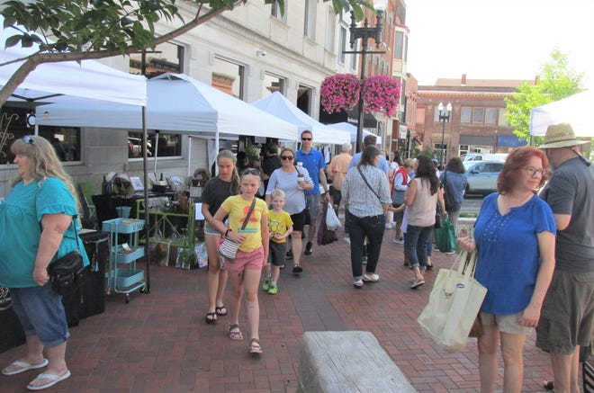 Second Saturday, a celebration of Downtown put on by Main Street Wooster, drew families from all around to take in local artisans and their products, as well as performances by Ohio Light Opera and Wayne Center for the Arts.