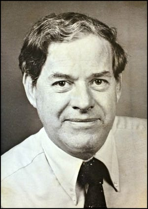 Dale Freeman, former News-Leader editor who wrote as The Ozarker