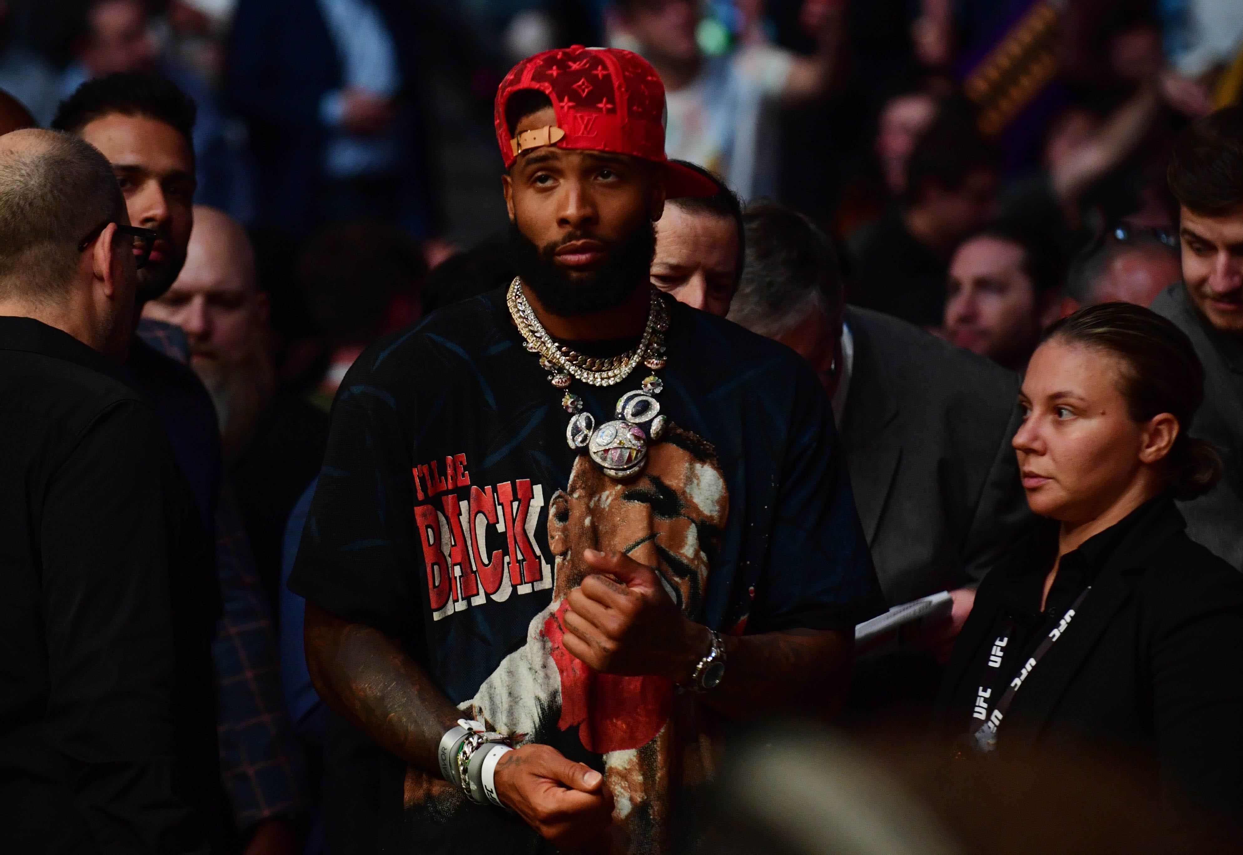 Donald Trump, celebrities take in UFC 264: Dustin Poirier vs. Conor McGregor 3