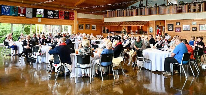 The banquet at the Reynolds Clubhouse celebrated the anniversary of the SAR chapter chartering.