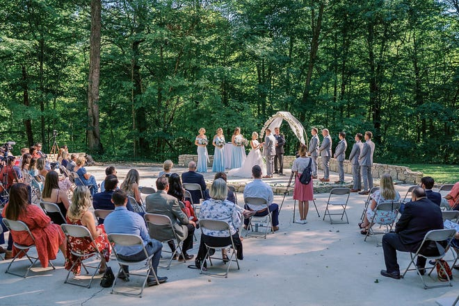 Clay and Dianna Manship's Sept. 5, 2020, ceremony at The Brook