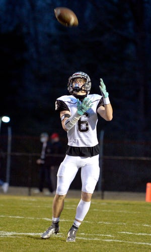 Owen Finley excels on offense, defense and special teams for Ledford. [Mike Duprez/The Dispatch]